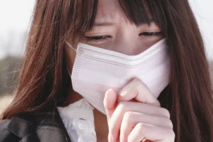 コンビニバイトでのマスクはNG?風邪をひいた時はどうすれば?