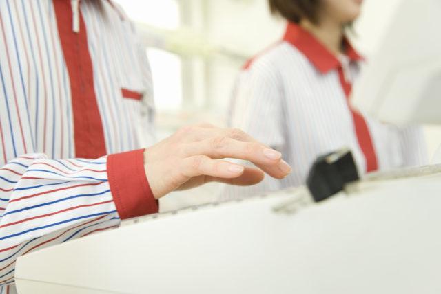 コンビニバイトでお客さんに喜ばれる袋詰めの方法を伝授!